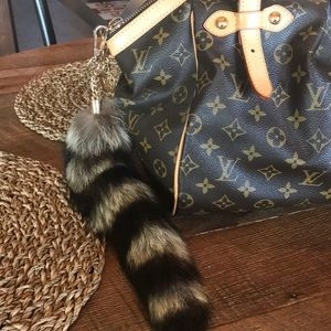 Accessories - Raccoon Real Fur Tail Accessory for Purse Keys Etc
